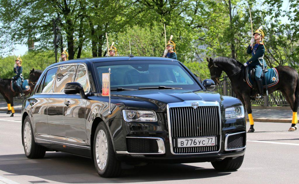 Aurus «Senat Limousine» во время церемонии инаугурации Президента России Владимира Путина 7 мая 2018 года