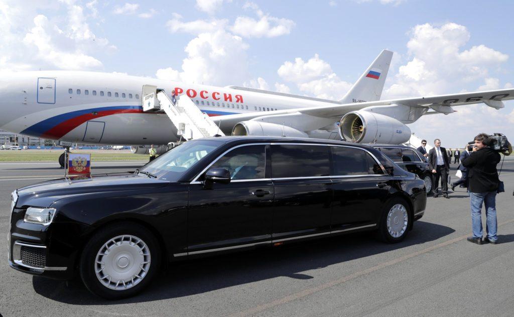 Aurus «Senat Limousine» в Финляндии, 18 июля 2018 года. Первый визит визит за рубеж Президента Российской Федерации с использованием нового российского лимузина.