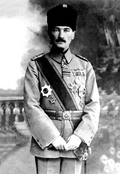 Мустафа Кемаль в первую мировую.